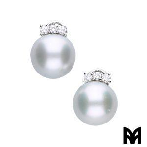 AUSTRALIAN PEARL EARRINGS THREE DIAMONDS
